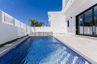 Three bedroom detached villas (21)