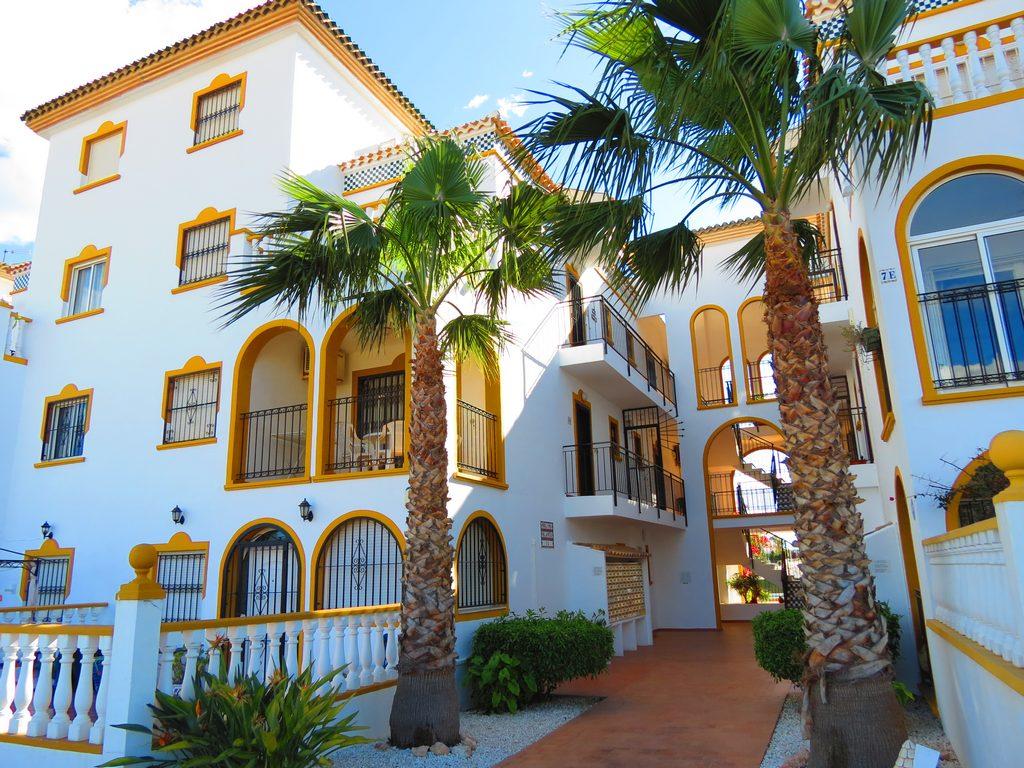 South-Facing La Zenia Apartment