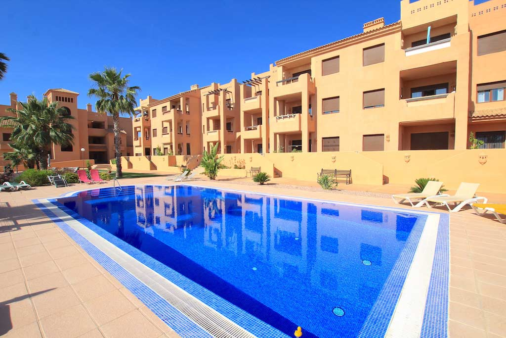 Frontline 2 Bed / 2 Bath First Floor Apartment - Serena Golf & Beach