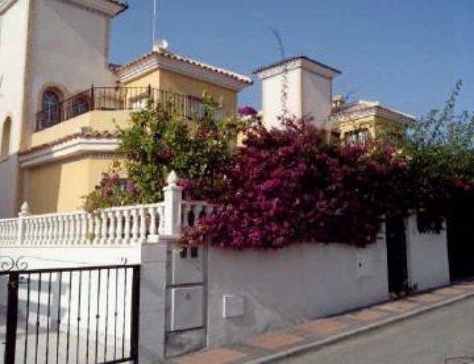 Villa For Sale In Algorfa Urb Lo Crispin 112 000