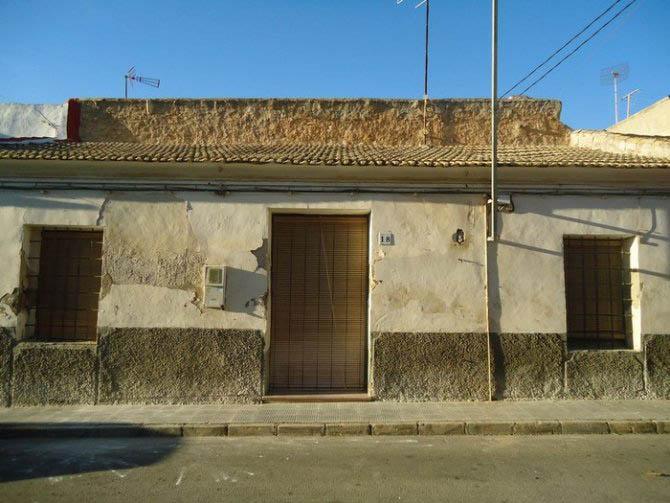 Spacious Village Townhouse