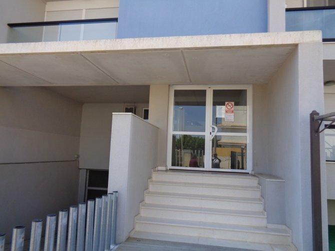 Casas Manuel 2nd Floor Apartment With Garage Storage