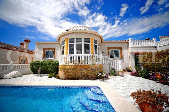 Villa For Sale In San Miguel De Salinas 169 000 Cm4569