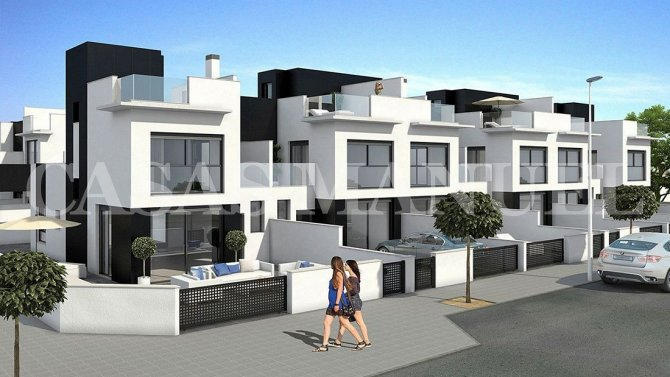 New Build Apartments 300m From the Beach!