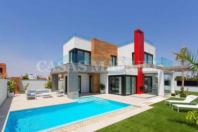 Modern Architectual Villas in Los Alcazares