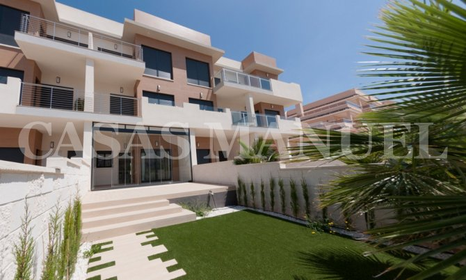 Ground Floor Apartments close to La Zenia Boulevard