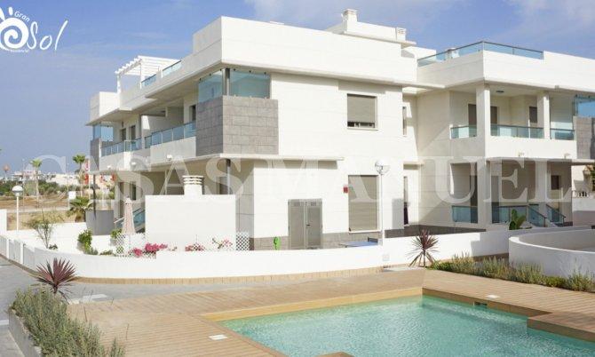 Top Floor Apartment with Solarium ( 50sqm)