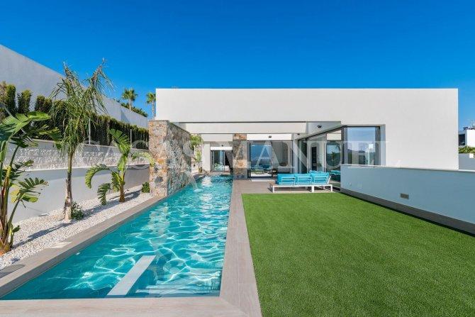 Modern Luxurious Villa in Benijófar