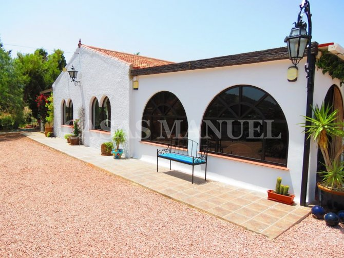 Charming Finca with Pool and Grounds