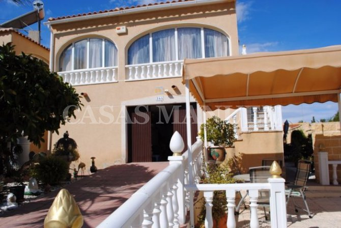 Fantastic detached villa in Los Balcones