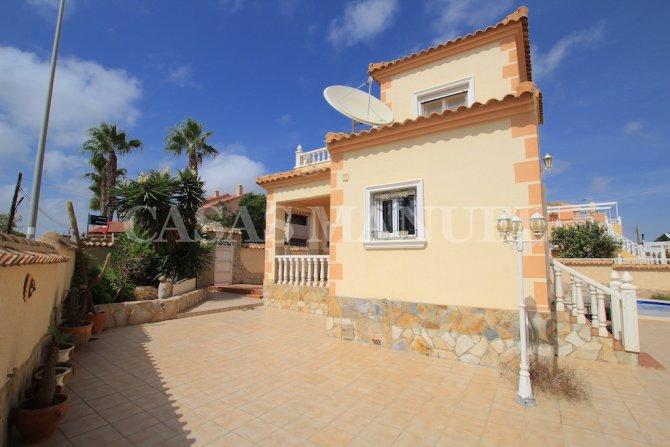 Spacious 3 Bed Villa With Pool - Lomas De Don Juan