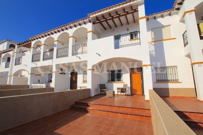 South-Facing Townhouse With Sea Views - La Cinuelica