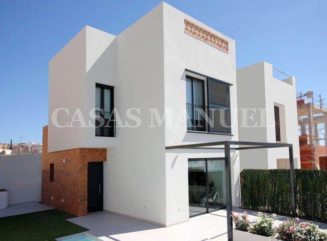 New Build Villas in Benijofar Village