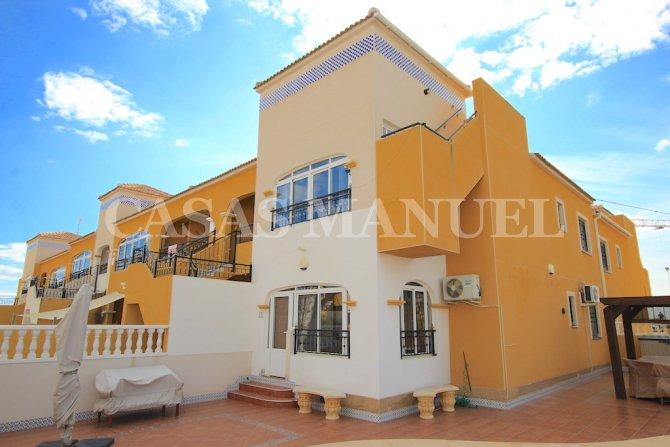 Top-Floor Apartment with Solarium - Corner Aspect