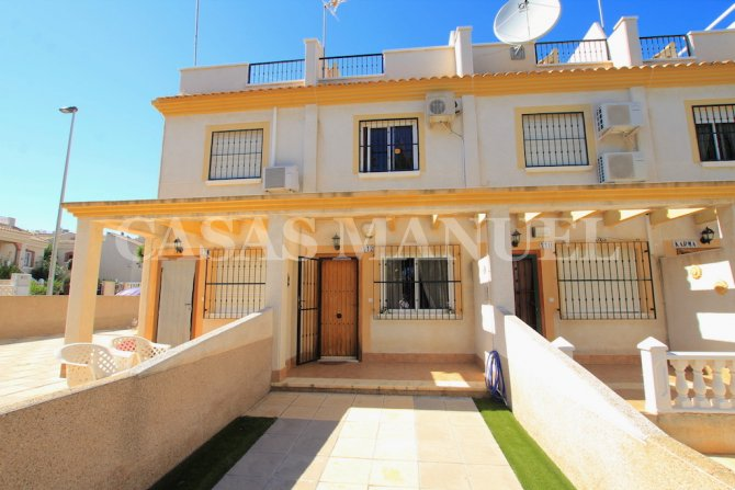 Attractive 2 Bed Townhouse in Res. Montemar