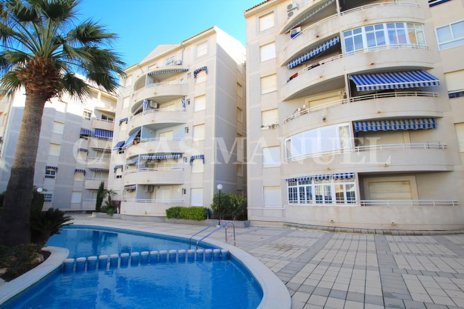 Charming Garden Apartment - Walking Distance to the Beach