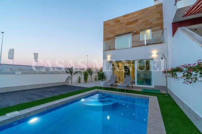 Stunning New Build Semi-detached Villas in San Pedro del Pinatar