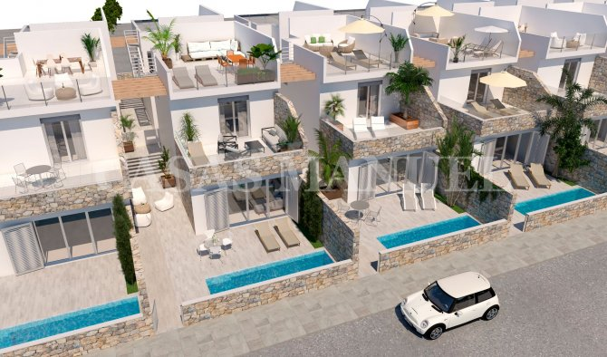 Stunning New Build Villas With Private Pool in Los Alcazares