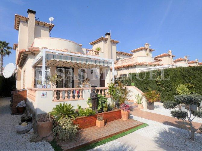A nice villa in El Raso, Guardamar