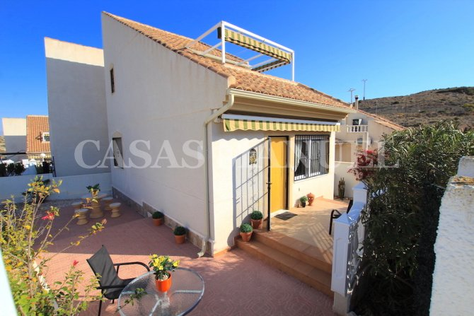 2 Bed / 2 Bath South-Facing Villa - Corner Plot