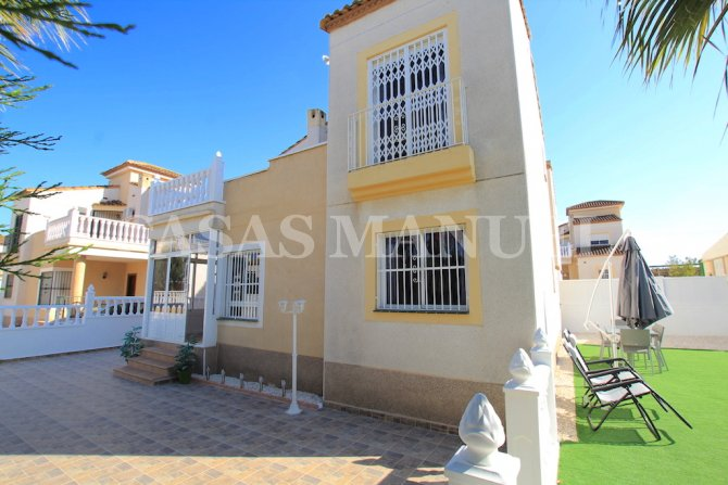 Stylish 3 Bed Villa - Space for a Private Pool