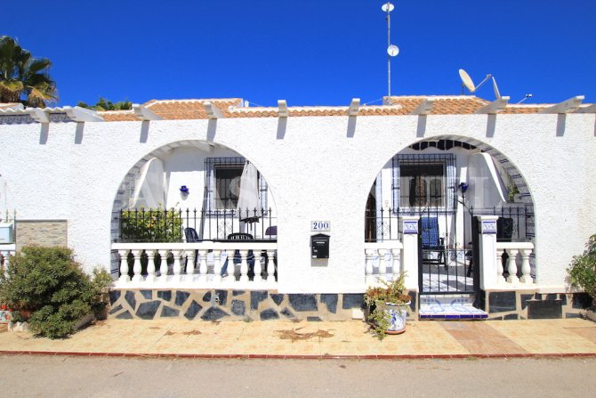 Charming South-Facing Bungalow - Los Narejos