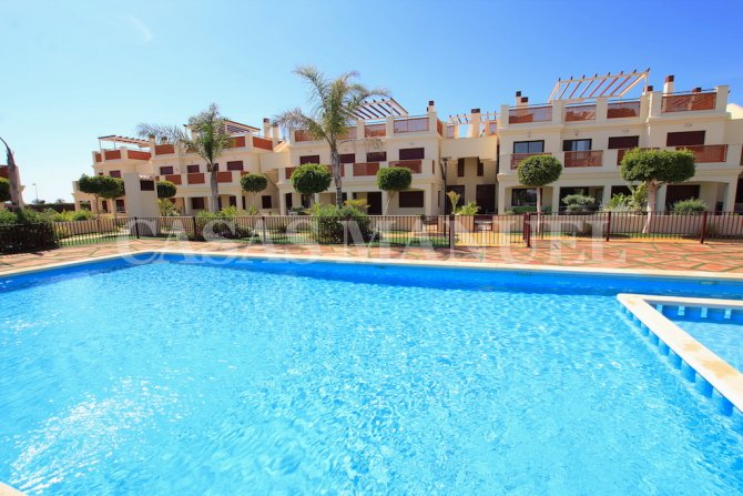 Luxury 3 Bed / 2 Bath Penthouse Apartment - Golf + Sea Views!