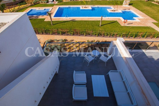 Top Floor Apartments on Vistabella Golf