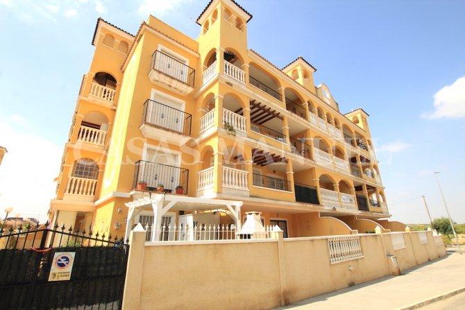 Spacious 1st Floor Village Apartment - Fontana I
