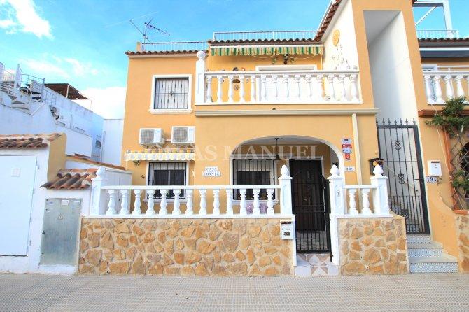 First Floor Apartment in Parque del Duque, Playa Flamenca