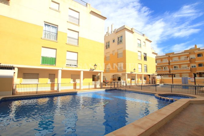 Spacious 2 Bed Village Penthouse - Central Location