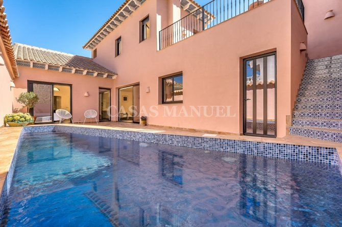 Luxury Village Property Boasting The Wow-Factor!