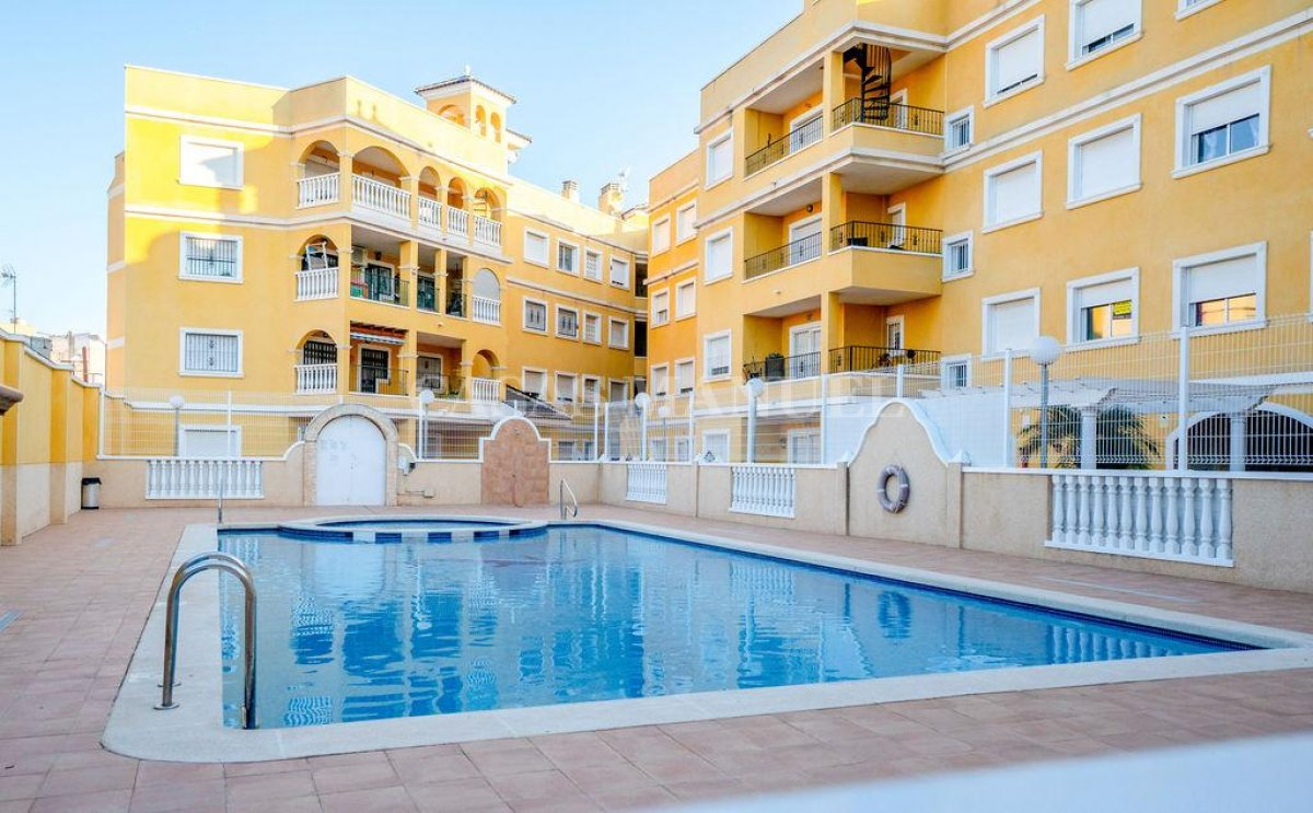 Penthouse Apartment in Almoradi with Private Solarium!