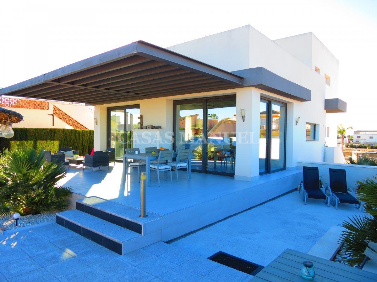 Contemporary 3 Bed Villa - Res. Fincas De La Vega
