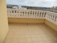 Large Property with underbuild and Lake Views (20)