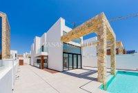 Luxury Front Line Villa with Golf Views - Las Ramblas!