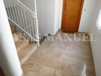 Bargain 3 Bed Top-Floor Apartment (5)