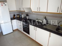 Bargain 3 Bed Top-Floor Apartment (9)