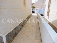 Attractive 3 Bed / 2 Bath Villa  (9)