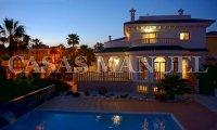 Stunning Large Villa in Doña Pepa (1)