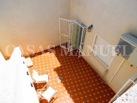 South-Facing Bungalow on a 183sqm Plot! (20)