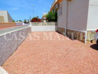 South-Facing Bungalow on a 183sqm Plot! (7)