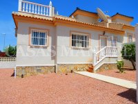 South-Facing Bungalow on a 183sqm Plot! (6)