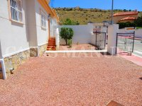 South-Facing Bungalow on a 183sqm Plot! (8)