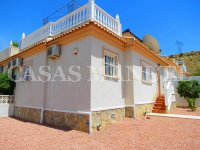 South-Facing Bungalow on a 183sqm Plot! (5)