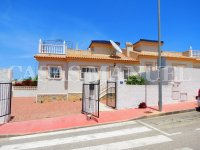 South-Facing Bungalow on a 183sqm Plot! (27)