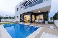 New Build Villas in Villamartin (0)