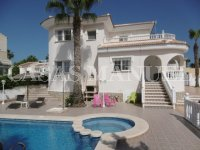 Stylish Detached Villas in Lomas de Cabo Roig!