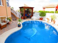 Luxury 3 Bed / 2 Bath Villa with Pool (13)
