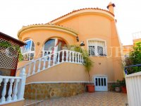 Luxury 3 Bed / 2 Bath Villa with Pool (4)